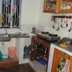 Küche mit Gasherd. Bild: K. Mauch