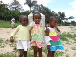 Nakato, Babirye und Dora 2012 - Bild: J. Bauer